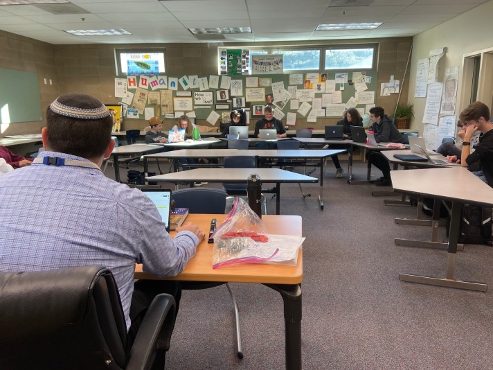 Mr. Torens' Jewish Values in the Israel-Palestine Conflict Class (January 2020)