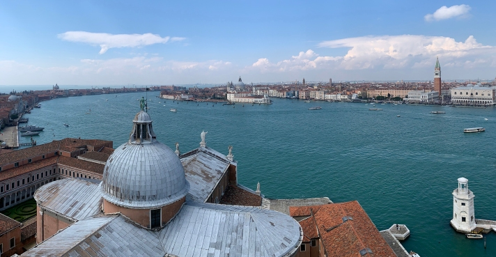 Venice_Pano_-_Flickr_-_mkniebes